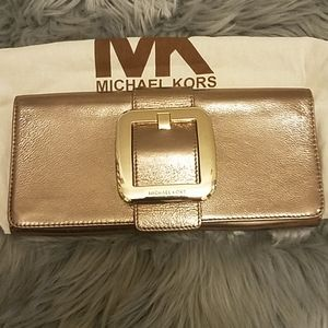 Michael Kors sutton clutch